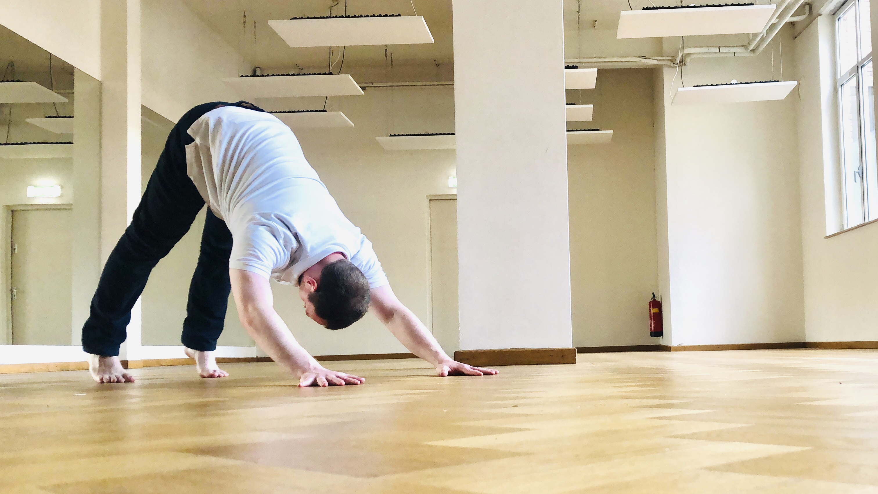 Prevent pain in downward facing dog